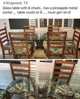 glass table  must sell in Kingwood, Texas