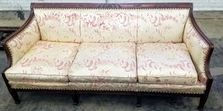 antique couch in Peoria, Illinois