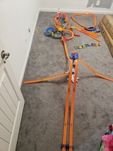 Hot Wheels Racing Tracks Lot + 20 cars in Fort Campbell, Kentucky