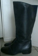Women's Boots Size 7 1/2 in 29 Palms, California