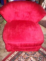 Red Upholstery Swivel Chair in Alamogordo, New Mexico