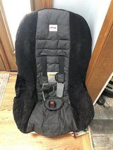 Car seat britax in Joliet, Illinois