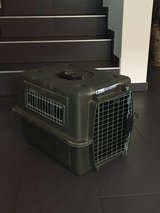 Petmate Dog Kennel in Ramstein, Germany