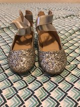 9t brand new never worn sparkle flats in Fort Polk, Louisiana