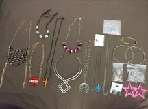 Jewelry lot in Fort Leonard Wood, Missouri