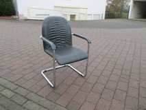 wide comfortable swing/office chair in Ramstein, Germany