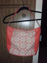 COACH City Zip Tote great condition in Travis AFB, California
