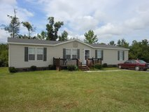 Holly Ridge 3 bedroom double wide on large corner lot in Camp Lejeune, North Carolina