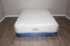 Queen Size mattress - Beautyrest Classic in Spring, Texas