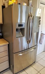 GE Profile 25.5 cu ft French-Door Refrigerator *PENDING SALE* in Alamogordo, New Mexico