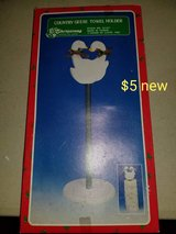 Holiday geese paper towel holder in Vacaville, California