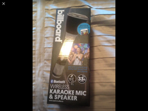 Wireless, Bluetooth, speaker karaoke Microphone in Vista, California