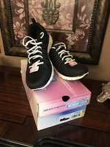 Ladies New Black / White Skechers Shoes in Pasadena, Texas
