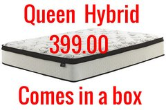 New queen Hybrid mattress,still in the box in Wilmington, North Carolina
