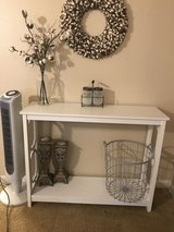 Entryway Table in Fort Polk, Louisiana