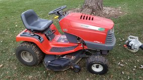 "Scotts/John Deere Lawn Tractor, S1742, 42"" Deck, 18HP Briggs & Stratton Engine in Joliet, Illinois"