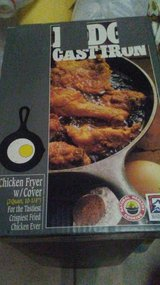 Lodge, Cast Iron ,3 Quart Chicken Fryer with Lid. New in Box. in Warner Robins, Georgia