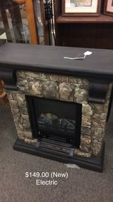 Electric Fireplace Heater (New) in Fort Leonard Wood, Missouri