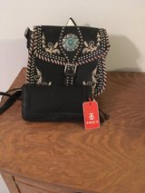 New Tosca Leather purse with billflod. in Houston, Texas