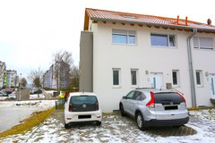 RENT: (068) Kaiserslautern, Multi-Level Duplex Available Mid January in Ramstein, Germany
