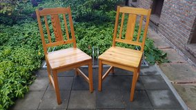2 wooden dining room chairs in bookoo, US
