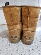 Womans Ugg Boots in Quantico, Virginia