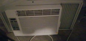 GE window ac unit in Baytown, Texas