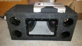 Subwoofers with box and amplifier in Stuttgart, GE