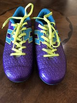 *** Excellent Condition Sz 4 soccer cleats in Houston, Texas