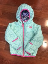 North Face Toddler Girl Reversible Jacket (24m) in Aurora, Illinois