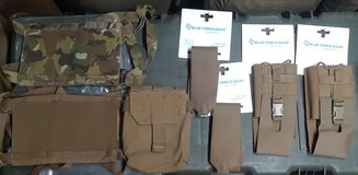 Blue Force Gear (BFG) Pouches in bookoo, US
