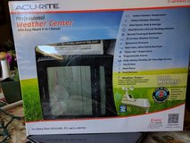 "Acu-rite ""wireless""  Professional Weather Station (USED) in Camp Lejeune, North Carolina"