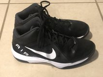 Nike Air Overplay IX Mens Black White Basketball Shoes Size 10 EUC in Vacaville, California