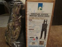 DUCKS UNLIMITED CAMO WADERS-BRAND NEW IN BOX-NEVER USED in Sandwich, Illinois