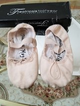 Good Condition Theatrical Wear Brand Toddler Girl's Size 11 Ballet Shoes in Chicago, Illinois
