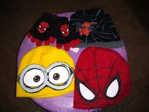 Boys hats & gloves in Fort Campbell, Kentucky