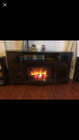 Spectrafire electric fireplace 6FTx4FT in Vacaville, California