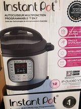 Instapot 7in1 6qt Pressure cooker new in Nellis AFB, Nevada