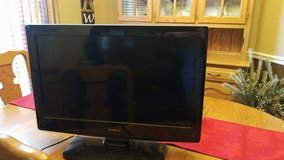 """30"""" isymphony tv/dvd in Fort Campbell, Kentucky"""