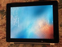 Nice Condition Apple IPad 2 Tablet 32gb in New Lenox, Illinois