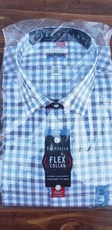Brand New Van Heusen Flex Collar in Wilmington, North Carolina