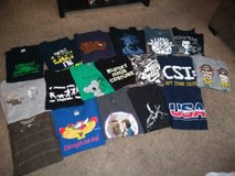Mens XL shirts in Fort Campbell, Kentucky