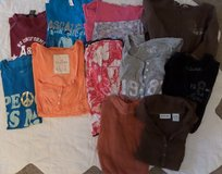 Junior Size Small Tops Lot 1 in Kingwood, Texas