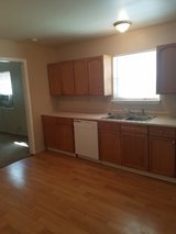 All Bills Pd:  1 Bedroom Flat_Community Drive/59N/ Grand Prkwy North in Kingwood, Texas