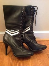 Women's NM70 Leather Boots US Size 10 in Camp Lejeune, North Carolina