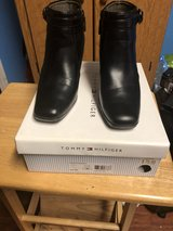 Tommy Hiliger Shoes woman's Size 8 in Fort Knox, Kentucky
