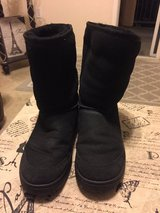 Black Ugg Boots in Vacaville, California
