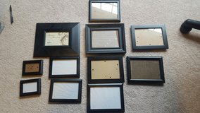 11 picture frames in Bolingbrook, Illinois