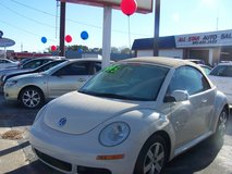 VW NEW BEETLE AUTO LOW MILES ~REDUCED~ in Camp Lejeune, North Carolina