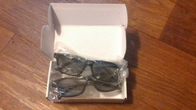 Vizio 3D Glasses in Fort Leonard Wood, Missouri